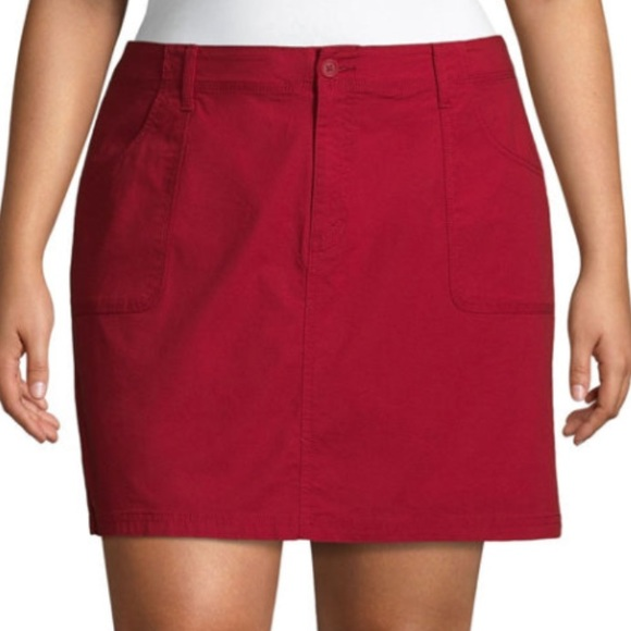 St. John's Bay Pants - NWT St. John's Bay 20W Red Skort with Pockets